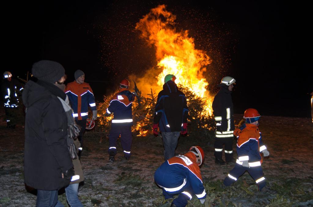 Weihnachtsbaumbrennen in Großpösna