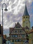 Kirchenburggasse mit Wehrkirche