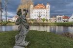 Schloss Schildau in unmittelbarer Nachbarschaft